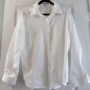 Foxcroft wrinkle free white floral button down
